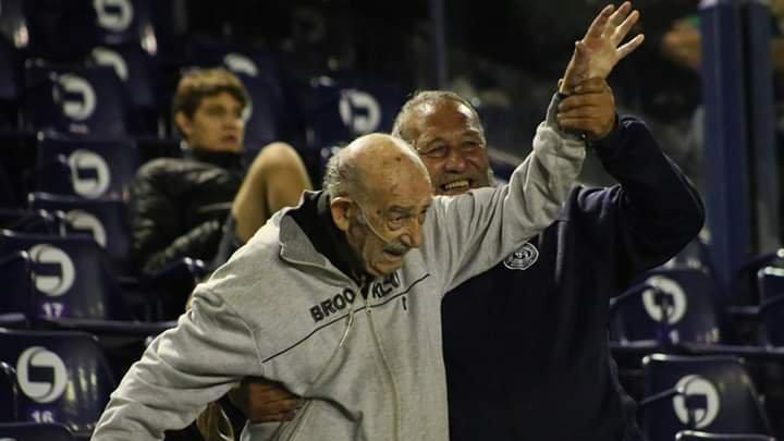 Se murió el famoso abuelito hincha de Independiente