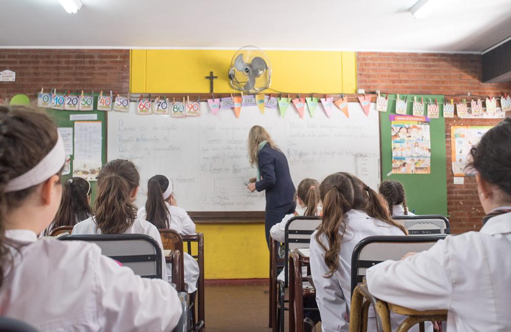Los docentes comenzarán a cobrar la recategorización de zona
