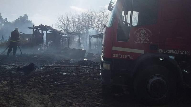 Más de 40 incendios en San Juan y uno muy grave en Angaco