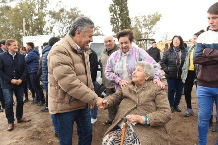 Familias de Carmensa recibieron las llaves de sus nuevas casas