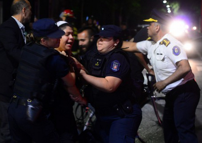 Detenidos en las inmediaciones de Plaza Chile en Mendoza