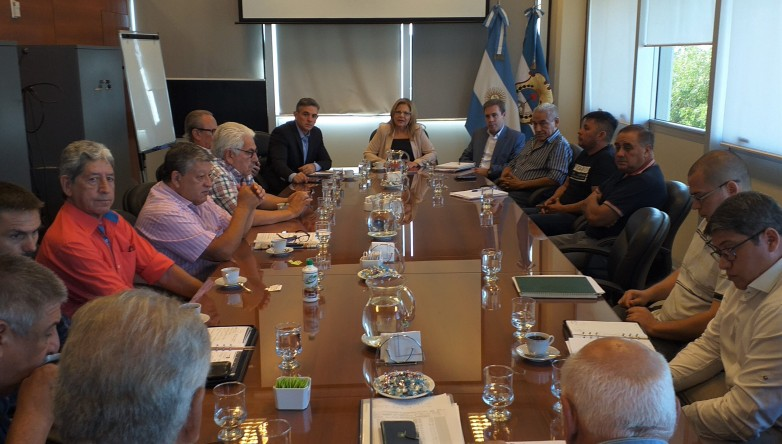 San Juan cerró el acuerdo salarial con los estatales