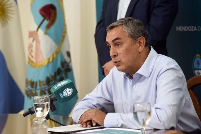 El ministro de Economía, Enrique Vaquié tiene coronavirus
