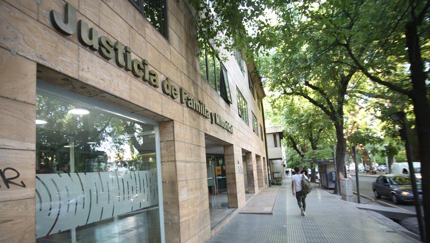 Durante una semana paralizaron los Tribunales de Familia de Mendoza y esto no le hace bien a la Justicia.